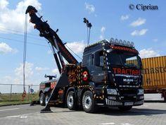 MAN TGA tow wrecker truck with crane