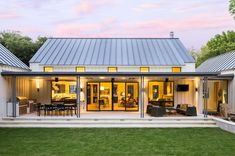 The Modern Farmhouse--The Interior Stylist blog