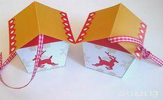 eimaipaidi.gr-Χριστουγεννιάτικα κρεμαστά σπιτάκια Christmas Crafts For Kids, Christmas Cards, Lucky Charm, Gingerbread, Blog, Houses, Printables, Xmas, Christmas E Cards