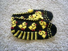 Items similar to Hand Knitted Natural Wool Slippers - Winter Eco Clothing-Beige,Green,Dark Red on Etsy Slippers For Girls, Womens Slippers, Slipper Boots, Love And Respect, Black N Yellow, Snug, Diy And Crafts, Beanie, Valentines