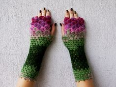 Deze drakenschubben handschoenen haak je helemaal zelf... bekijk snel de voorbeelden en het gratis patroon! - Zelfmaak ideetjes
