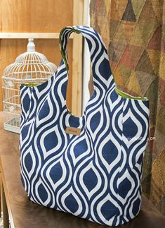 565 Hailey Bag 2 PDF Patterns-ithinksew.com