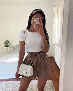 Teen Fashion Outfits, Girly Outfits, Look Fashion, Pretty Outfits, Cute Date Outfits, Casual Summer Outfits, Simple Outfits, Stylish Outfits, Spring Outfits