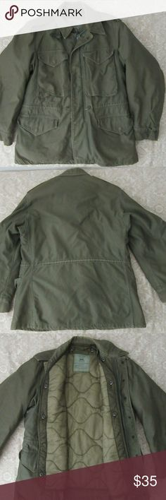 mens green military cold weather field jacket S great shape  mens ?green military cold weather field jacket S   pit to pit 21  shoulder to cuff 23  shoulder to shoulder 19  top to bottom 29.5 Jackets & Coats Military & Field