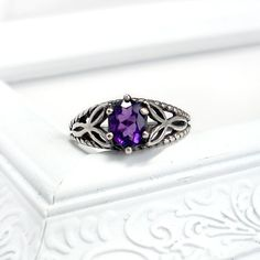 Celtic Knot Ring Amethyst and Sterling Silver  by GothicGlitter