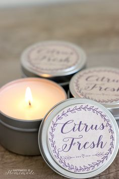 Quick and easy homemade gifts are my favorite, and these awesome DIY citrus fresh soy candles can be made in just about ten minutes! Printable labels, too!