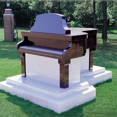 This mausoleum belongs to Madge Ward who was a piano teacher in Tyler, Texas.  It is a one of a kind at Rose Hill Cemetery in Tyler.