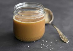 Yaourt au Caramel au Beurre Salé au thermomix. Découvrez la recette de yaourt au Caramel au Beurre Salé, facile à réaliser au thermomix.