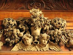 More Grinling Gibbons. Exquisitely carved wood