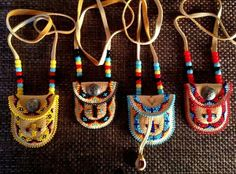 Excellent Photo indian Beadwork Ideas Carefully thread stress can easily make a massive affect how your diamond jewelry looks. No-one wishes to inv Indian Beadwork, Native Beadwork, Native American Beadwork, Native American Jewelry, Native American Moccasins, Native American Medicine Bag, Native Indian Jewelry, Native Beading Patterns, Beadwork Designs