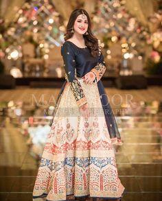 Latest Beautiful Ideas for Mehndi Dresses Pakistani Mehndi Dress, Pakistani Party Wear Dresses, Bridal Mehndi Dresses, Beautiful Pakistani Dresses, Shadi Dresses, Pakistani Wedding Outfits, Designer Party Wear Dresses, Pakistani Wedding Dresses, Pakistani Dress Design