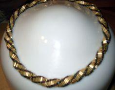 Russian Spiral using Bugle Beads  (pdf file)