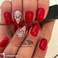 @Regrann from @unhasiamara - ➡Compras pelo site: ✅ www.tatacustomizaçãoecia.com.br Unhas lindas é comigo! ✅ Pedrarias top é com: @tata_customizacao_e_cia #simonetis - #regrann