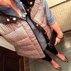 Instagram @headedoutthedoor #ootn | #cwonderstore shirt | #bananarepublic vest and pants | #stevemadden flats | #gap clutch | #jcrewfactory necklace and bracelet | #jcrew bracelets
