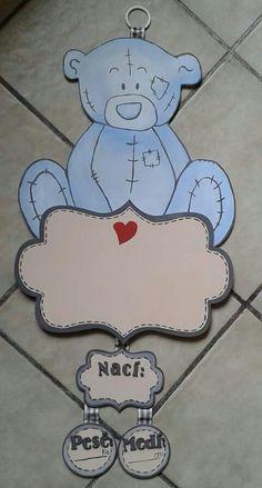 #Letrero de madera pintado a mano para #hospital # bebé hecho por Muñecas de Papel visitanos en: www.facebook.com/Munecas.de.Papel.Puebla