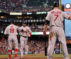 Game 1 of the NLCS- pics of Hollidays ass never get old!!!!!!  10-14-12