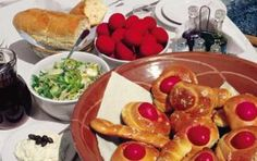 10+1 διατροφικές συμβουλές για το Πάσχα Hot Dogs, French Toast, Health Fitness, Easter, Breakfast, Ethnic Recipes, Food, Greek, Morning Coffee