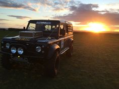 "Black Land Rover Defender 110 1994 V8 2"" lift 35"" Silverstone MT-117 35/11.5R16"