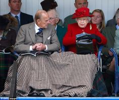 Pin for Later: A Look at Charming Prince Philip Through the Years Prince Philip snuggled under a blanket with Queen Elizabeth II at the Braemar Gathering in September Princesa Elizabeth, Sarah Ferguson, Camilla Parker Bowles, Diana Spencer, Prinz Phillip, Isabel Ii, Her Majesty The Queen, Queen Of England, Elizabeth Ii