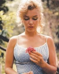 Marilyn with flower