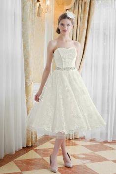 Wedding dresses for short womeng short wedding gown pinterest dirndl brautkleid kurz rot wei nach ma junglespirit Choice Image