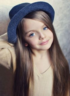 10 Cute Long Hairstyles For School 2012 Fall