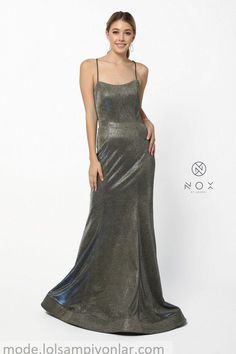 Long Metallic Prom Dress Sexy Evening Gown Langes Metallic Abendkleid Sexy Abendkleid – The Dress Outlet Royal Gold Nox Anabel Sexy Dresses, Nice Dresses, Girls Dresses, Mermaid Gown, Mermaid Dresses, Metallic Prom Dresses, Trumpet Skirt, Prom Colors, Quinceanera Dresses