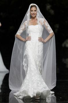 URDA - Pronovias 2013 Bridal Collection, via Flickr.