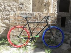 #fixed #bici #scattofisso #singlespeed #crealatuabici #design #fixedgear #troianocicli #ftroiano #vintage #biciepoca #bicicletta #ciclismo #brooks #velo #brn #london #milanofixed #kitfixed #ruotefixed