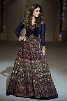 """""""Koroshini"""" 2016 Summer Resort Collection by Rohit Bal – Designers Outfits Collection Rohit Bal, Choli Designs, Blouse Designs, Pakistani Outfits, Indian Outfits, Indian Designer Outfits, Designer Dresses, Velvet Dress Designs, Indian Gowns Dresses"""