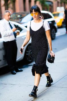 More of the Best Street-Style Looks From New York Fashion Week Street Style Outfits, Nyfw Street Style, Cool Street Fashion, Street Style Looks, Looks Style, My Style, Street Styles, Jamie Chung, Casino Dress
