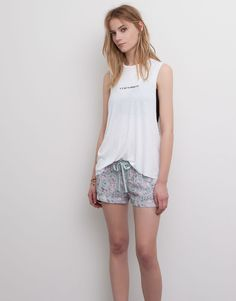 SLEEVELESS T-SHIRT - ICE