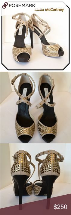 "6f569bd7908e7 Stella McCartney Platform Heels Approximately 5"" heel and 1"" platform. Open  toe."