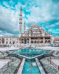 Blue Mosque, Istanbul – Büşra – Join the world of pin Best Hotels In Istanbul, Istanbul Travel, Mekka Islam, Blue Mosque Istanbul, Mosque Architecture, Ancient Architecture, Beautiful Mosques, Turkey Travel, Beautiful Places To Travel