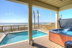"""6 Bedroom House Rental in Panama City, Florida, USA - Beachfront """"Holiday Fin"""" Home with Private Pool!!"""