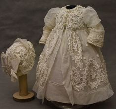 Beautiful dress and bonnet for your favorite doll. Antique French tulle with embroidery. The big hand is sewn. To the dress belongs a very beautiful bonnet with lace and ribbons. Stunning outfit for around ( cm ) French or German Doll to enjoy ! Girl Doll Clothes, Baby Clothes Shops, American Girl Felicity, Fru Fru, Christening Gowns, Madame Alexander, Day Dresses, Baby Dress, Fashion Dolls