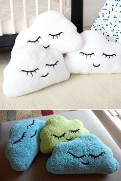 880909b99accd Free Knitting Pattern for Easy Head in the Clouds Pillow - Cloud shaped  cushion approx 19¼