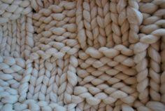 36b1ae2b7c3c Plaid laine 100 % naturelle mérinos par AlzinaDouceur sur Etsy Aiguille,  Nouveau Né, Laine