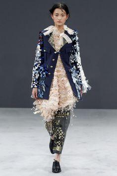 Viktor & Rolf Fall 2016 Couture Fashion Show - Wangy Xinyu (Next)