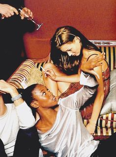 Kate Moss with Naomie Campbell