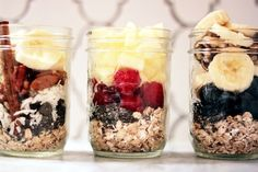 Overnight oats: just put oats, fruit, nuts, etc. in a jar, pour milk or coconut milk or almond milk, etc over it and leave in fridge overnight
