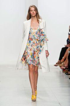 Hussein Chalayan at Paris Fashion Week Spring 2014 - StyleBistro