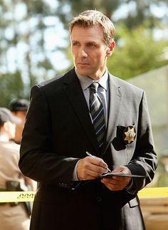Lou is a homicide detective with the Las Vegas Police Department. Homicide Detective, True Detective, Alex Carter, Csi Crime Scene Investigation, Firefighter Paramedic, Cop Show, Tv Guide, Famous Men, Suit And Tie