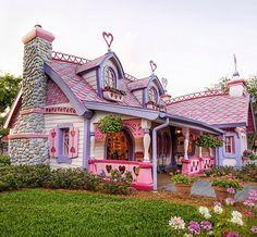 Voglio vivere qui! 😍 #fiabe #fantasia #magia #bambini #NonSoloBambini 🌺 www.vanessanavicelli.com