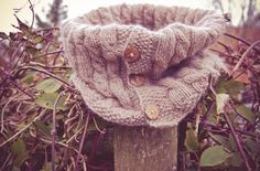 Cowl scarf knit with cable knit and wooden buttons made of high quality cashmere wool with this free Hobbies For Women, Hobbies To Try, Hobbies That Make Money, Finding A Hobby, Hobby Horse, Textiles, Cowl Scarf, Knit Cowl, Crochet Poncho