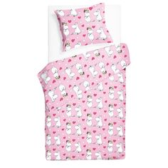 Pink bedding set featuring Moomintroll and Snorkmaiden. Sweet dreams in these colorful bed linen, filled with hearts. The Moomin bed linens are inspired by Tove Jansson's original drawings and are authentic ©Moomin Characters™ licensed products. Bed Linens, Linen Bedding, Moomin Shop, Pink Bedding Set, Tove Jansson, Duvet Cover Sets, Sweet Dreams, Hearts, Colorful