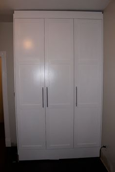Ikea Hack: Could make a nice closet Re-Do or kitchen pantry inspiration Built In Storage, Tall Cabinet Storage, Makeshift Closet, Hallway Storage, Playroom Storage, Playroom Ideas, Closet Storage, Built In Wardrobe, Wardrobe Ideas