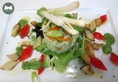 Insalata di riso con verdure e pesto ligure
