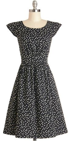 cap sleeve dot dress http://rstyle.me/n/jw489r9te