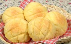 Melonpan (Melon Bread Recipe) – Cooking with Dog